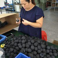 Produceren van foam ballen in China