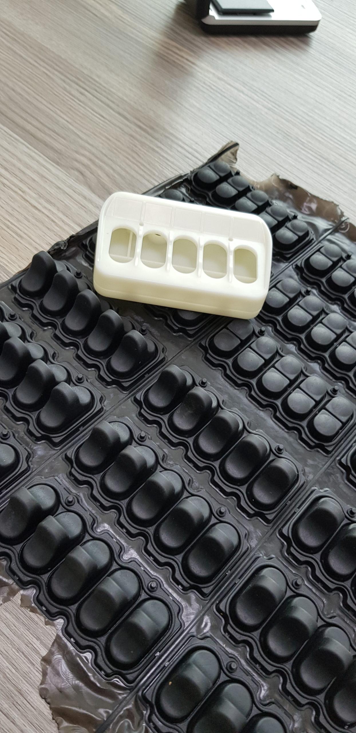 Productie van rubber toetsenbordjes
