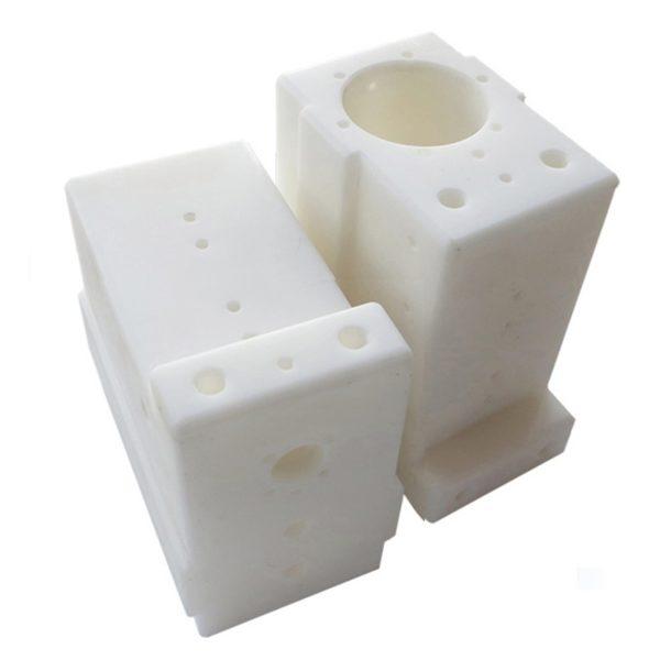 CNC frezen van kunststof onderdelen