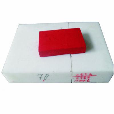 Frezen van kunststof uit een blok